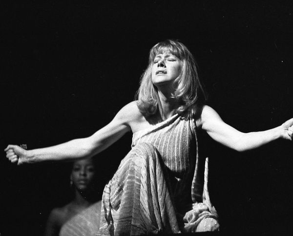 Helen Mirren performing in Antony and Cleopatra