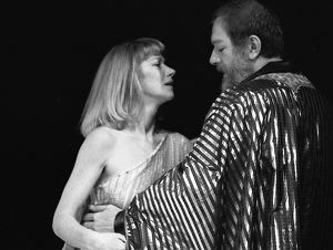 Antony and Cleopatra, photo by Joe Cocks, 1982